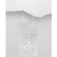 Swirl classic design - sterling silver earings